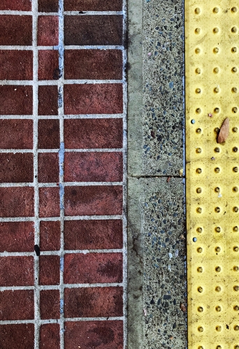 Photography: Street Photography - Brick and Dots 121917
