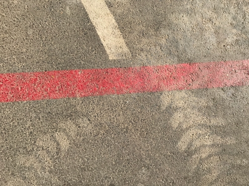 Photography: Street Photography - Street Art #5: Red Lind and Tracks