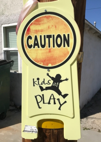 Photography: Street Photography - Caution Kids at Play Sign