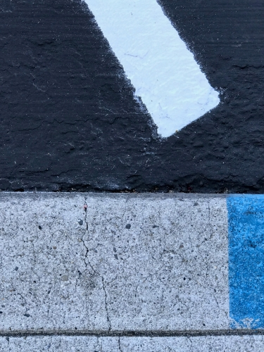 Photography: Street Photography - Interplay of Rectangles (and One Trapezoid)
