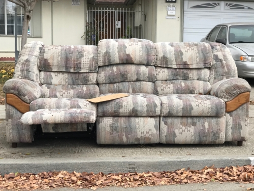 Photography: Street Photography - Lazy Boy Couch