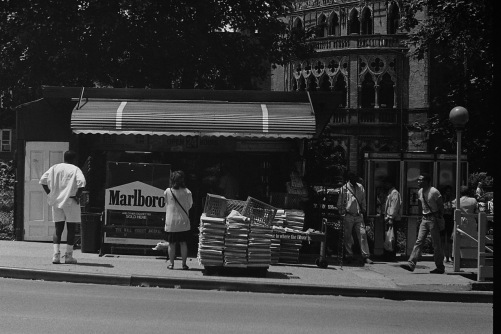Photography: Vintage Photo: Newsstand Brooklyn circa 1990
