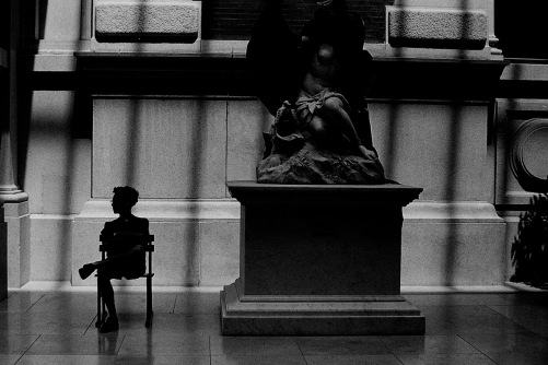 Photography: Vintage Photo: Metropolitan Museum of Art, NYC Shrouded Statue