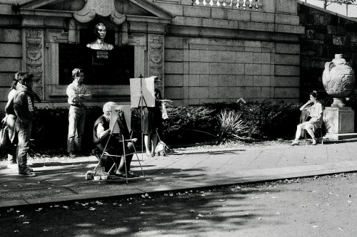 Photography: Vintage Photo: Model Posing for Painters, Fifth Ave and Central Park, NYC1989