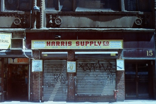 Photography: Vintage Photo: Harris Supply, NYC, Selling Air Line Parts 1989