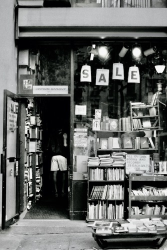 Photography: Vintage Photo: Gryphon Bookstore, NYC 1988
