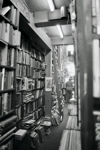 Photography: Vintage Photo: Bookstore, NYC 1988
