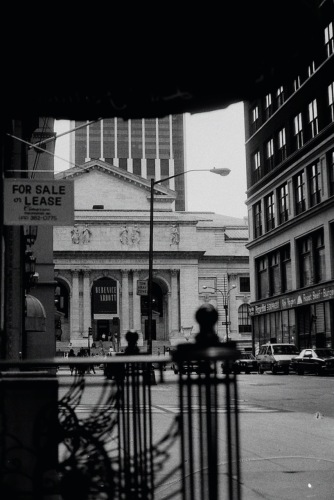 Photography: Vintage Photo: NYC Public Library, Bernice Abbott Show 1989