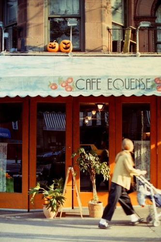 Photography: Vintage Photo: Cafe and Two Pumpkins, NYC October 1991