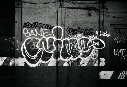 Photography: Vintage Photo: Along the Route of the R Train, NYC April 1991
