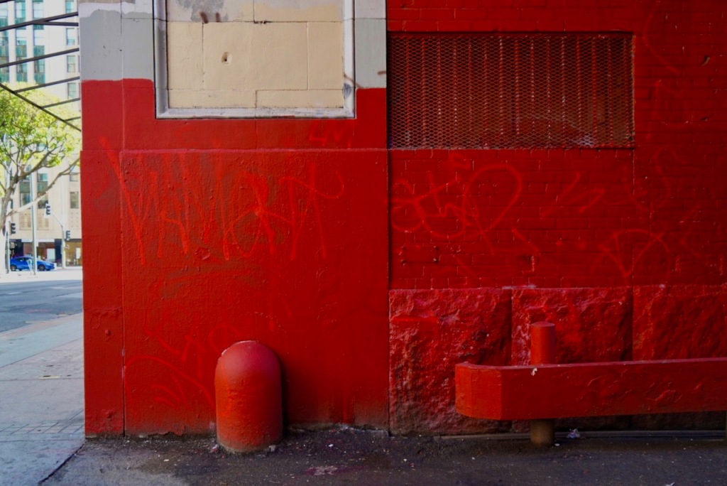 Street Photography: Graffiti - Red on Red