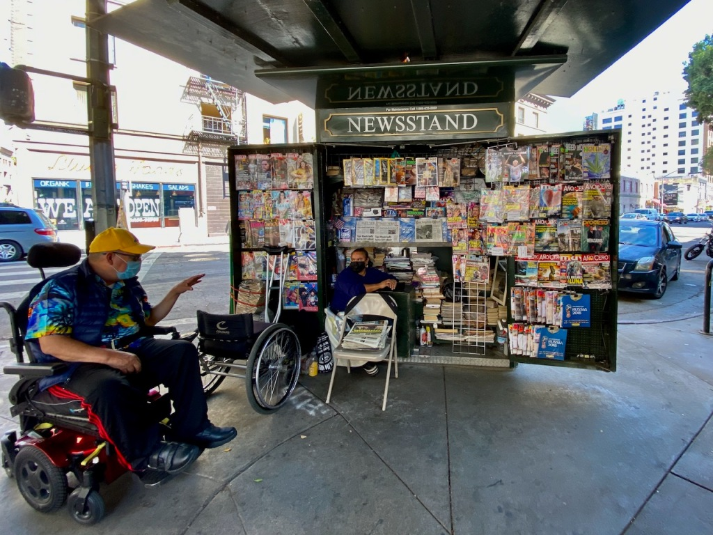 Street Photography: LA Newsstand