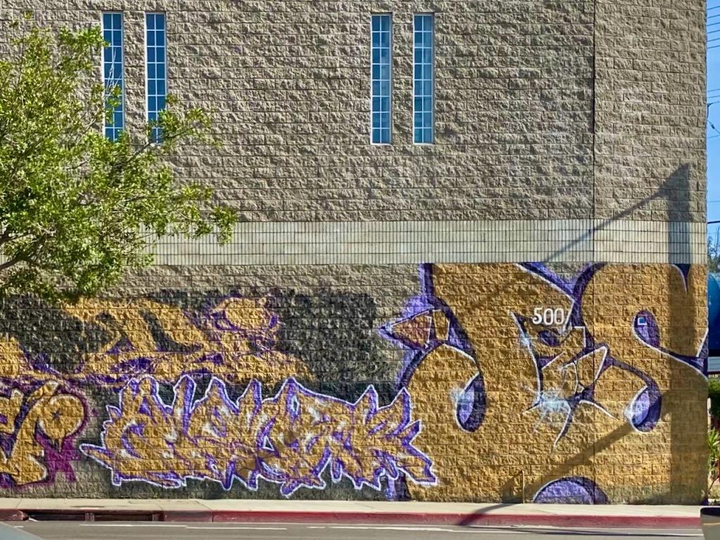 Street Photography: Drive By Mosaic Graffiti 500