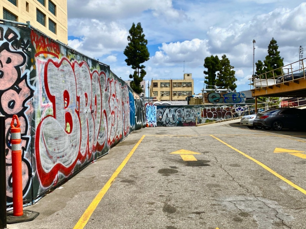 Street Photography: Graffiti on Temporary Chain-Link Fence