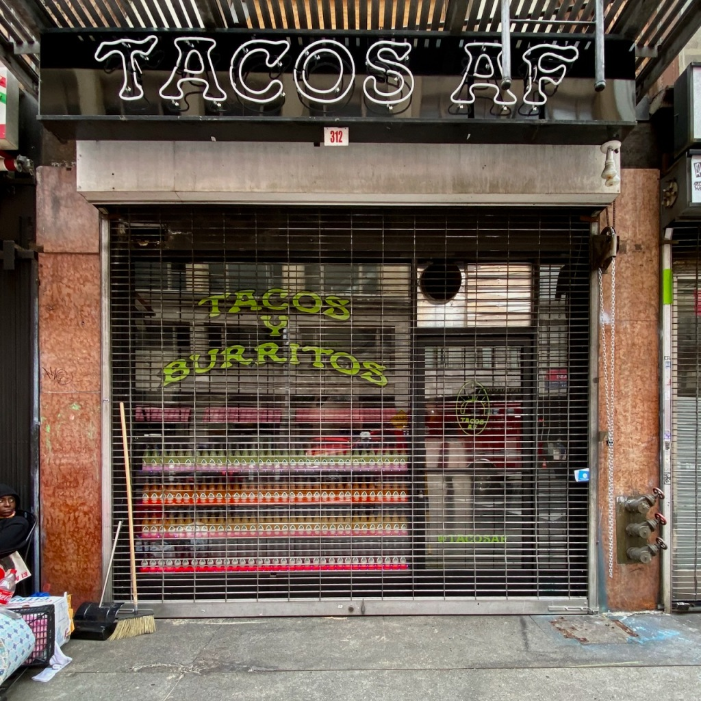 Street Photography: Tacos is an Adjective