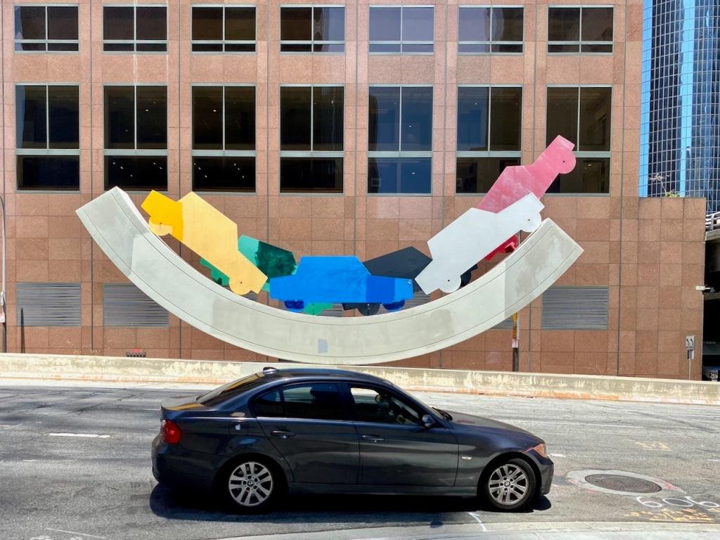 Street Photography: Car Sculpture and Car