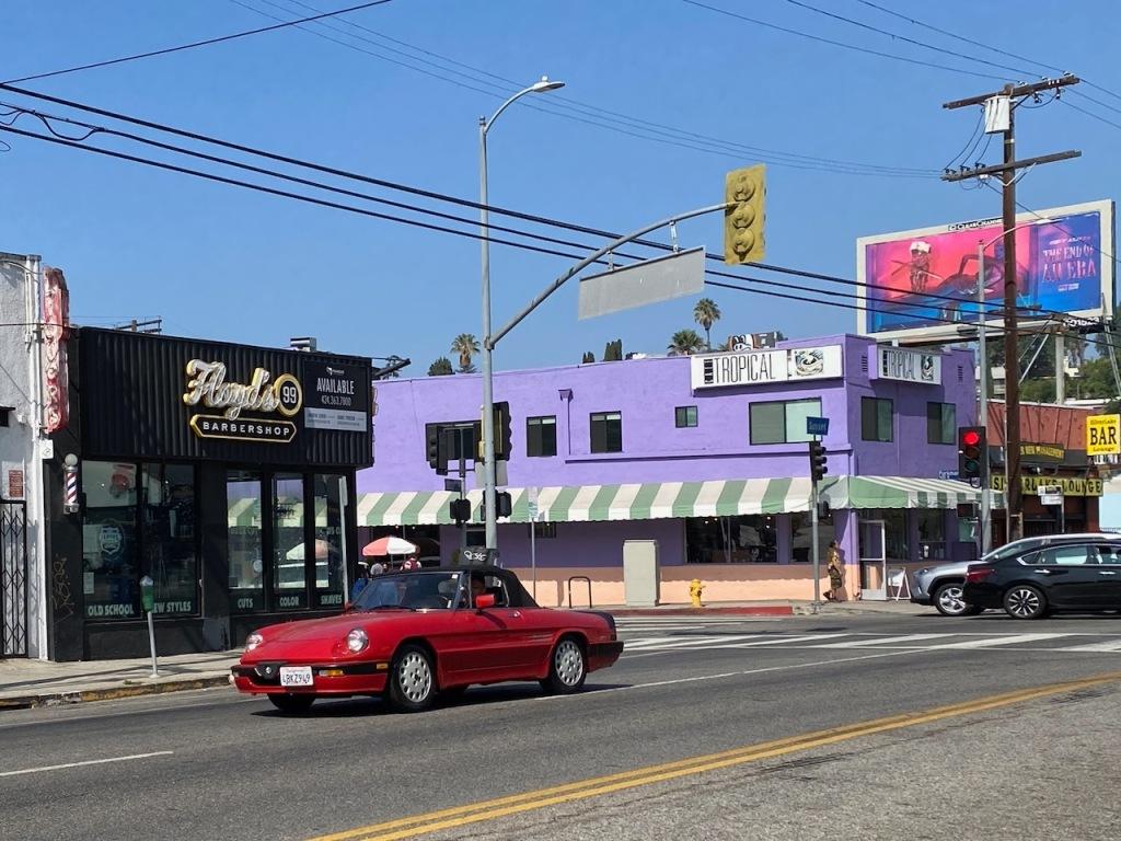 Street Photography: Floyd's Barbershop